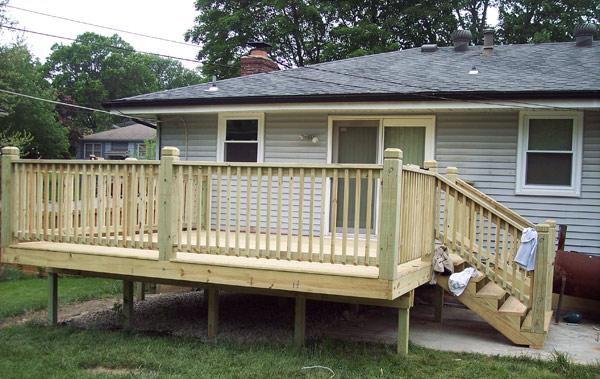 Patio deck construction for Simple outdoor decks